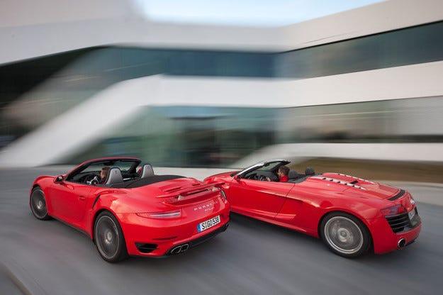 Porsche 911 Turbo Cabrio vs. Audi R8 Spyder 5.2 FSI Quattro