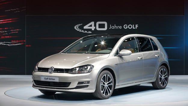 Volkswagen отбелязва юбилея на Golf със специално издание