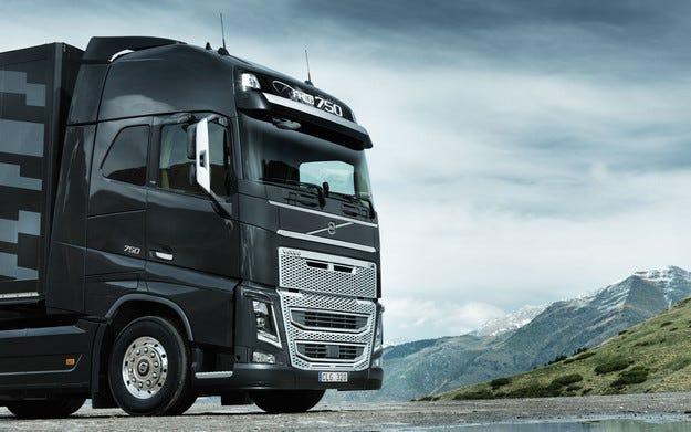 Volvo Trucks пуска първата скоростна кутия с два съединителя