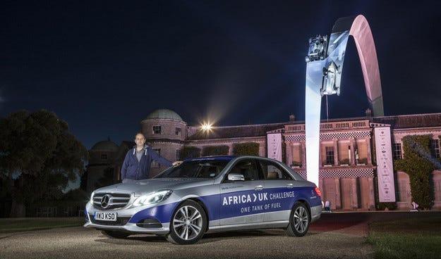 Хибриден Mercedes минава с един резервоар от Мароко до Британия