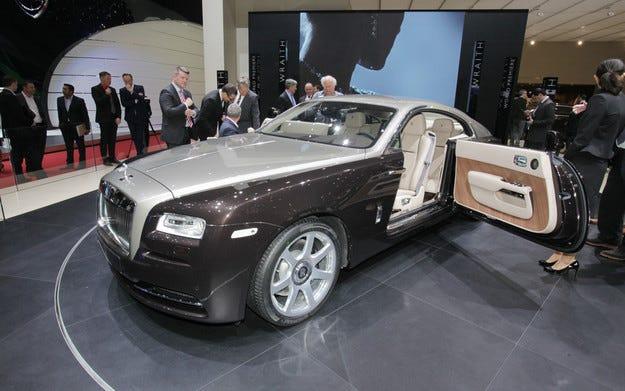 Рекордни продажби на Rolls-Royce от началото на годината