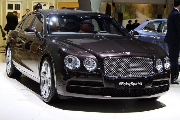 Bentley празнува рекордно първо полугодие на 2014