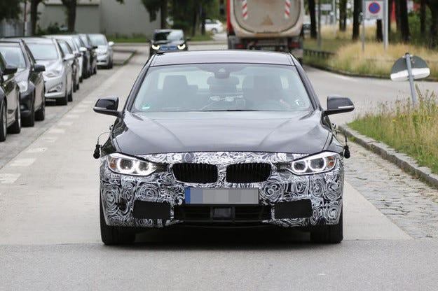 Предстои първият фейслифт на BMW Серия 3