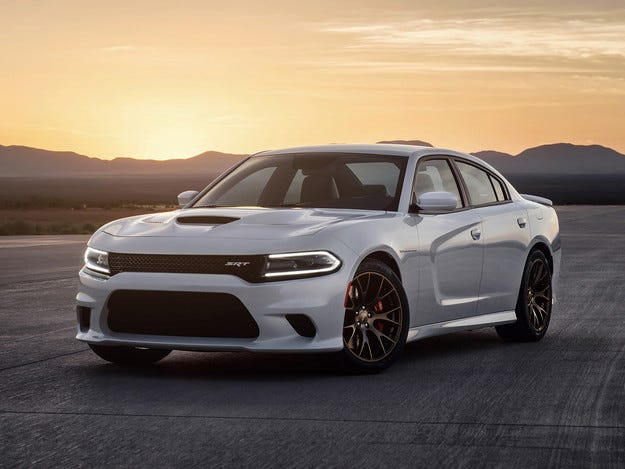 Dodge представи най-бързия седан в света