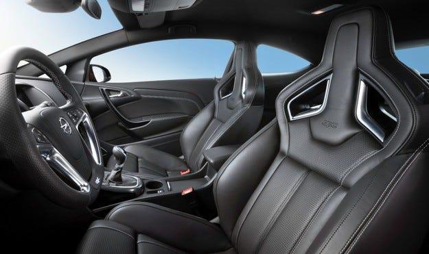 На шофьорската седалка - ергономичен отговор на Opel