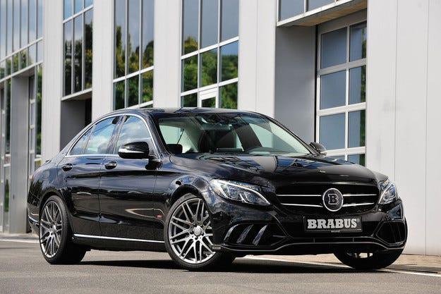"""Brabus Mercedes C-класа: спортни екипи за """"звездата"""" от средния клас"""