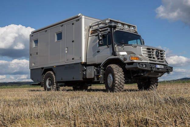 Mercedes Zetros: Къща на колела на Caravan Salon 2014