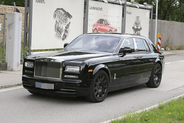 Новият Rolls-Royce Phantom идва през 2017 г.