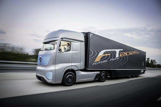 В Хановер Mercedes-Benz показа безпилотен камион