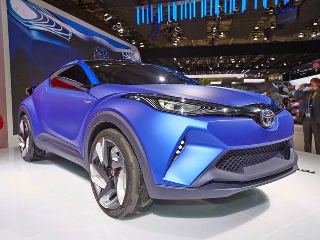 Концептът Toyota C-HR взе на мушка Nissan Qashqai