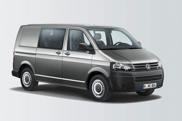 VW T5 Doka Plus: Шестместен с товарно отделение