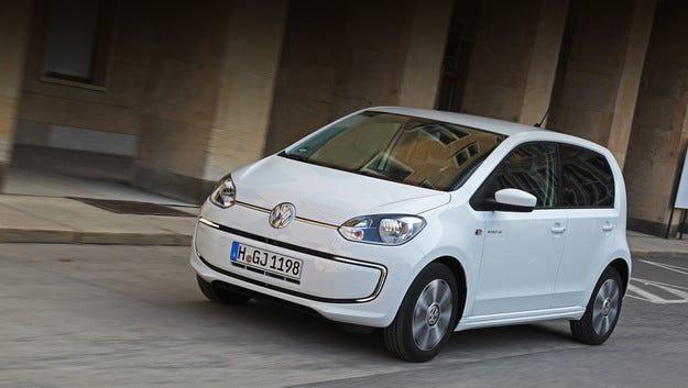 Volkswagen e-load up! се оказа по-скъп от конкурента