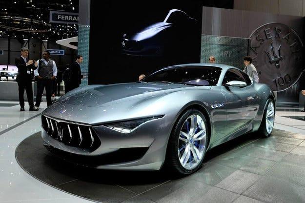 Серийната версия Maserati Alfieri ще се появи през 2016
