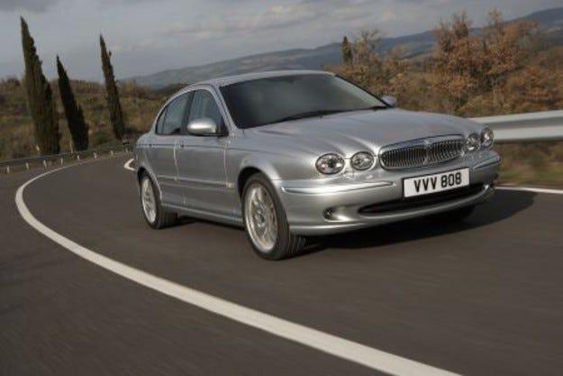 Майкъл Болтън ще се вози в Jaguar