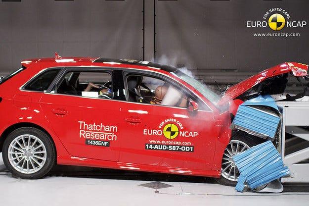 """Четири  автомобила се явиха пред """"съда"""" на EuroNCAP"""