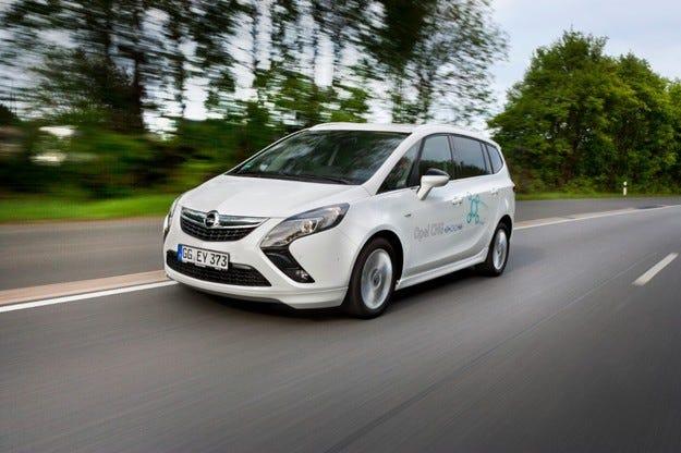 Opel Zafira Tourer отново е най-екологичният ван