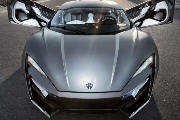 В ОАЕ продават супер автомобил за 3,4 млн. долара