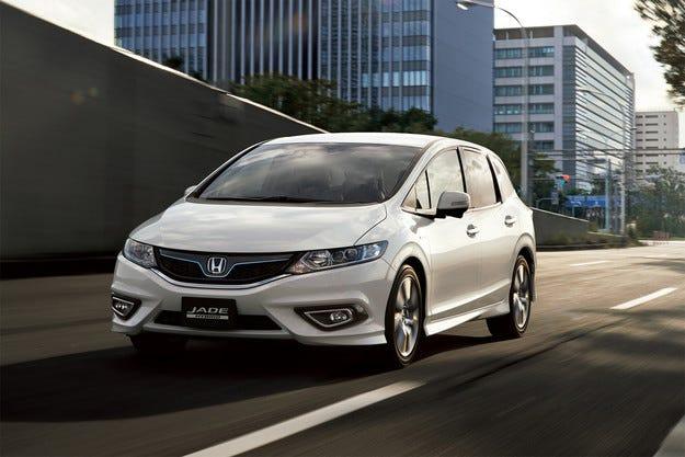 Honda започва продажбите на модела Jade в Япония