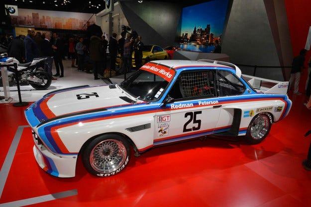 BMW възроди състезателния автомобил 3.0 CSL