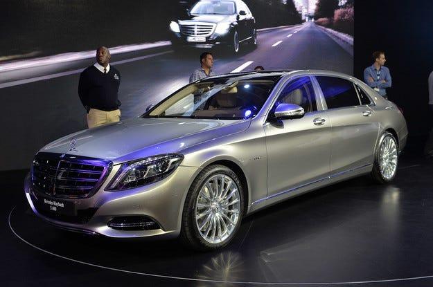 Mercedes ще пусне новата E-класа и под марката Maybach