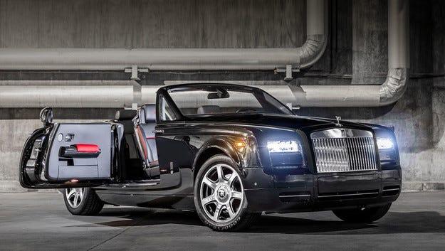 Кабриолетът Rolls-Royce Phantom става рядкост от карбон
