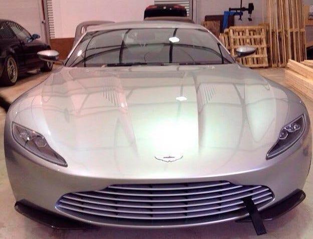 Изтекоха първите снимки на новия автомобил на Джеймс Бонд