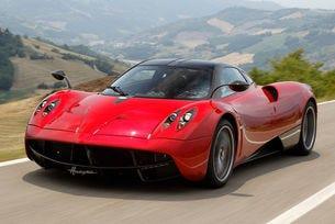 Pagani добавя мощност на спортния модел Huayra