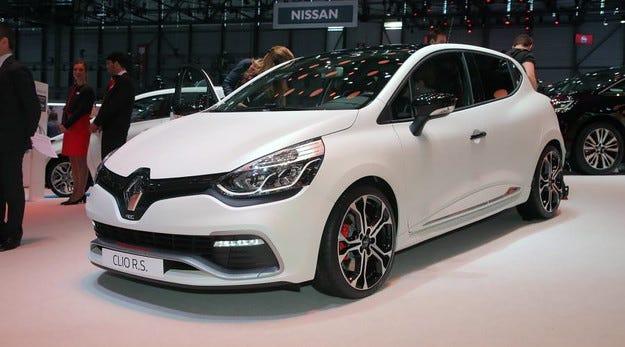 Компанията Renault добави мощност на хечбека Clio RS