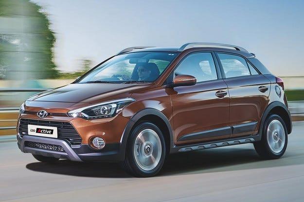 Корейският Hyundai превръща хечбека i20 в кросоувър