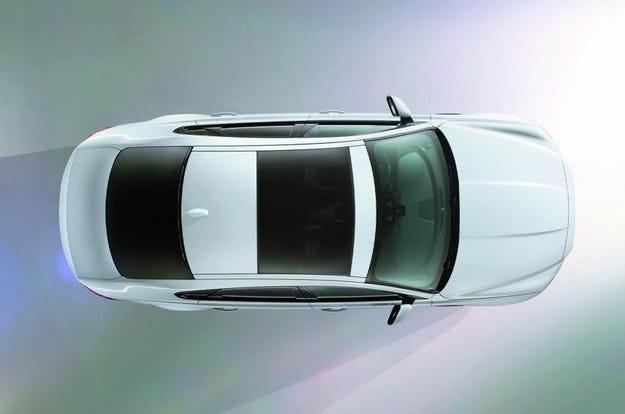 Новият Jaguar XF ще се окаже по-голям от предшественика