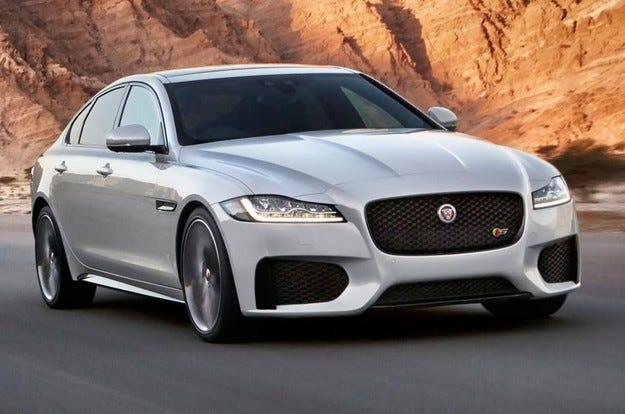 Jaguar представи в Лондон новото поколение на седана XF