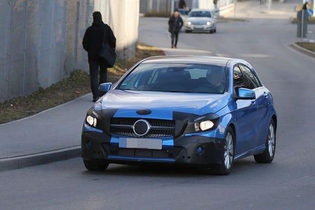 Mercedes A-класа и A45 AMG: С ново лице за Франкфурт