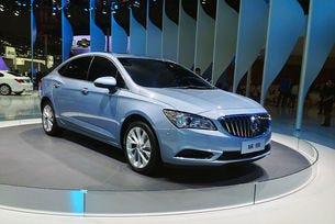 В Шанхай дебютира Buick Verano - бъдещият Opel Astra