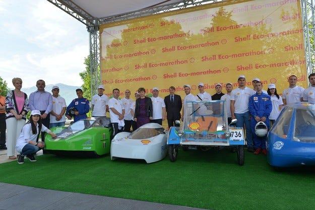 Представиха нашите автомобили в Shell Eco-marathon 2015