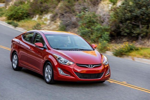 Корейската компания Hyundai обнови седана Elantra