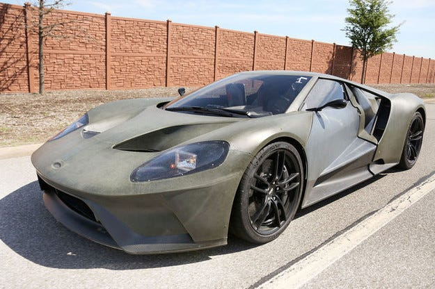 Ясна е датата на премиерата на спортния Ford GT