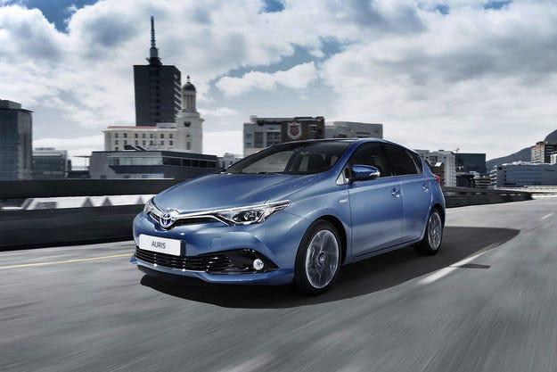 Toyota разкри двигателната гама на обновения Auris