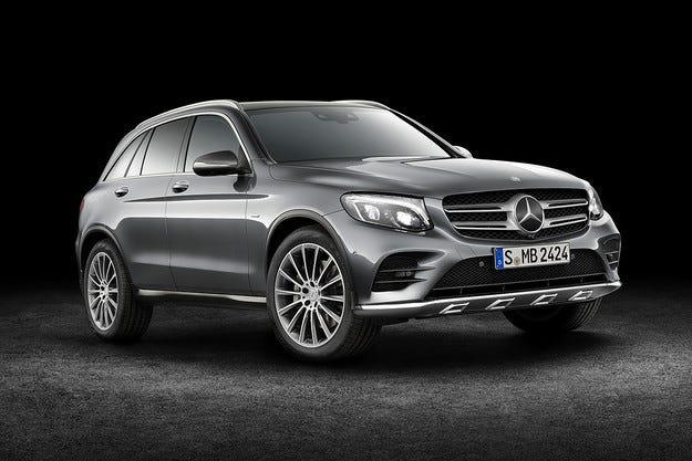 Mercedes-Benz представи новия кросоувър GLC