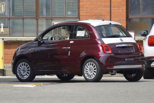 Фотошпиони разкриха дизайна на обновения Fiat 500