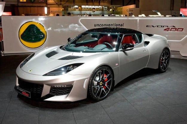 Lotus пусна серийното производство на Evora 400