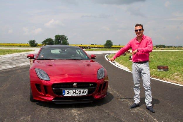 Jaguar F-Type Coupe 2015 в ръцете на Крум Дончев