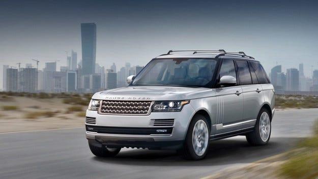 Отзовават кросоувъри Range Rover заради проблем с вратите