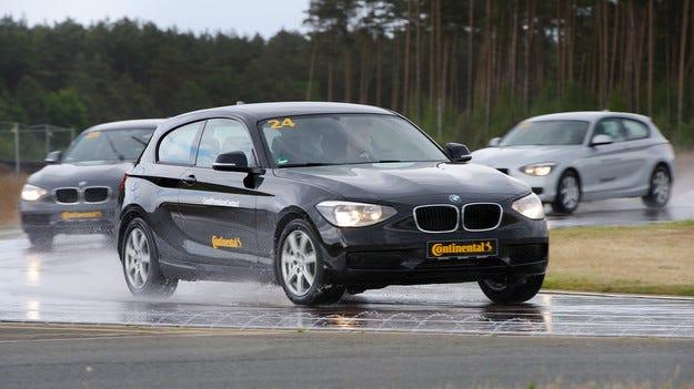 BMW 3 на 15 години за малко да победи новата Серия 1