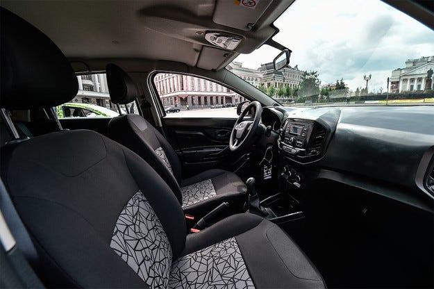 Публикуваха първата снимка на интериора на Lada Xray