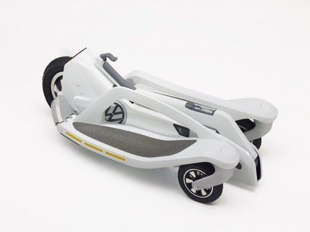 Volkswagen разработи електроскутер с три колела
