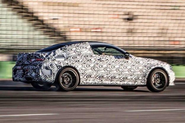 Mercedes ще покаже във Франкфурт ново спортно купе
