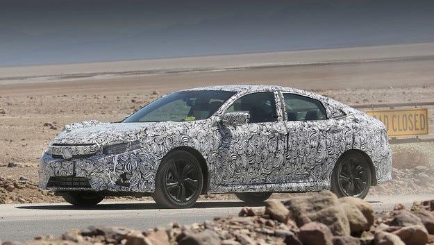 Следващият седан Honda Civic ще бъде богато оборудван
