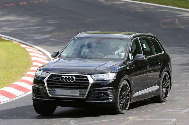 Audi SQ7 стъпва през 2016  с мощния дизелов V8