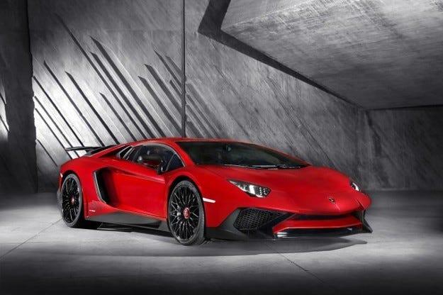 Lamborghini разработва суперавтомобил с 800 коня