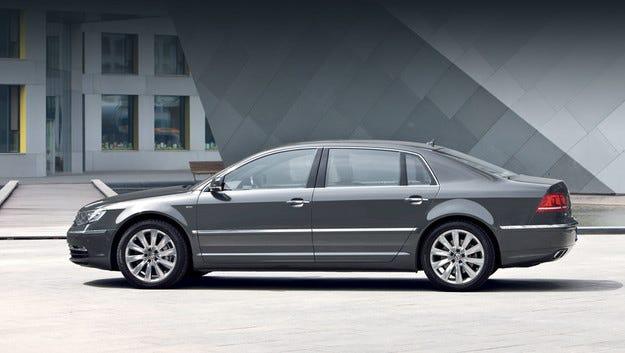Отлагат второто поколение на седана Volkswagen Phaeton